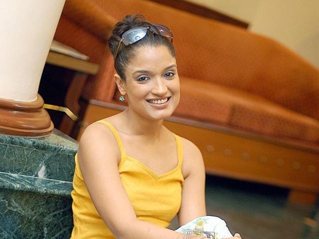 Actor Sandhya Mridul says female actors have started demanding good roles in films.