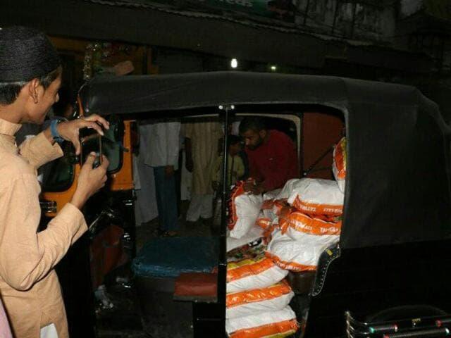 People buy sacks of salt in Haldwani of Uttarakhand after rumors that government increased salt price to Rs 400/kg.
