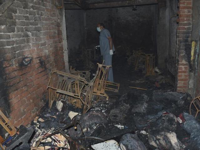 ghaziabad fire,shaheed nagar
