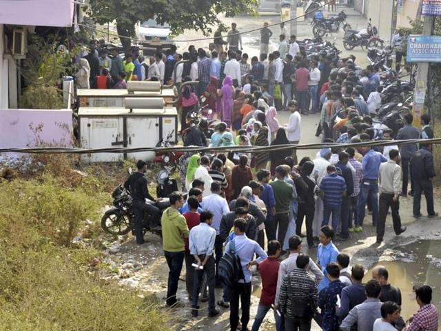 Tempers frayed as hundreds of thousands queued outside banks and ATMs for a fourth day to swap Rs 500 and Rs 1,000 banknotes after they were abolished in a move to tackle black money.