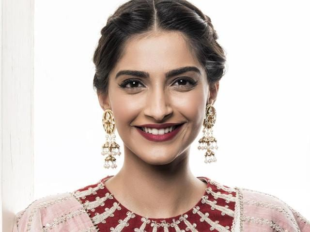 Sonam Kapoor says social media is a great form of communication, and a great tool as well.