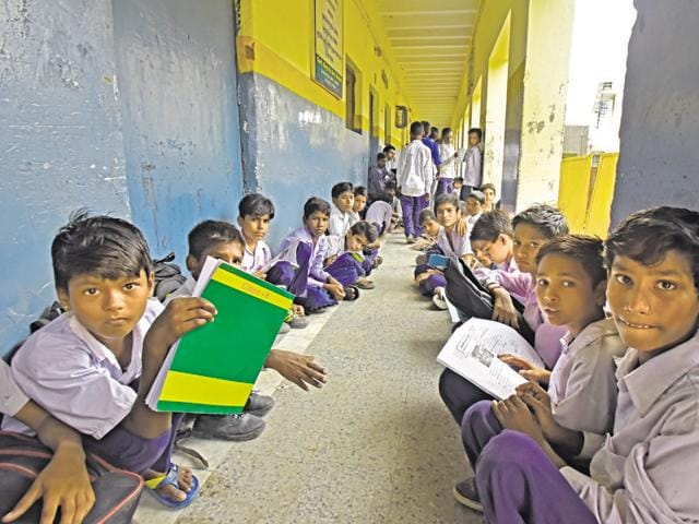 Delhi givernment schools,Children's Day,Turning non-readers into readers