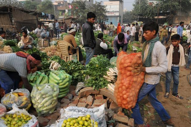 Khandsa market,Rs 500,Rs1000