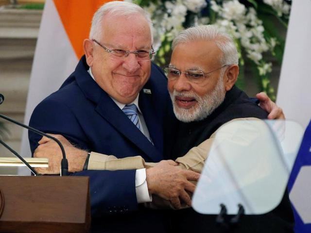 Israeli president Reuven Rivlin  and Prime Minister Narendra Modi after a joint media briefing in New Delhi on November 15, 2016.