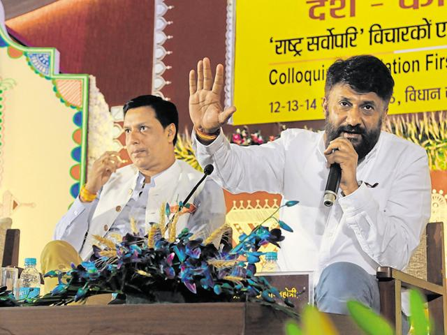 Film director Vivek Agnihotri and Madhur Bhandarkar during Lokmanthan in Bhopal on Monday.