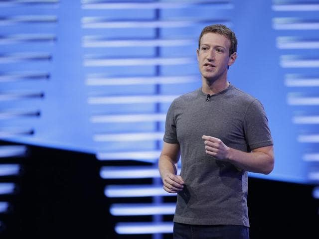 Facebook chief Mark Zuckerberg has rejected the idea that bogus stories shared at the social network paved a path of victory for Republican Donald Trump.