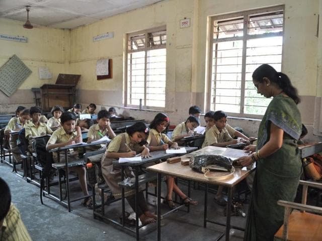 Vocational courses,Central Advisory Board of Education,Skill training to school children