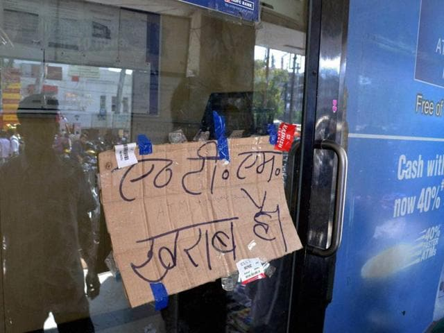 A shopkeeper pasted a notice in his shop denying to accept Rupees 500 and 1000 currency notes against selling of goods.
