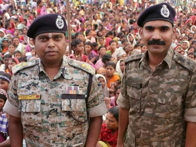 Bastar inpector-general of police SRP Kalluri, left, with his colleague Superintendent of Police RN Dash.(HT File Photo)
