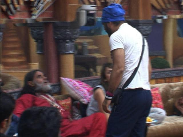 Bigg Boss 10,Manu punjabi,Om Swamiji