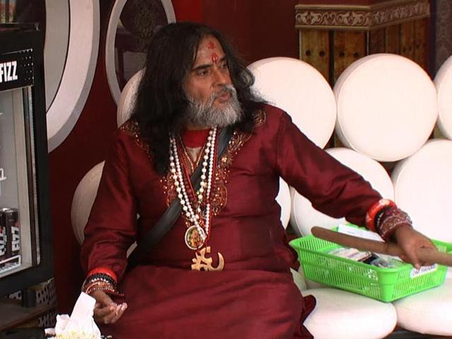 Swamiji is all set to hog the limelight yet again on Tuesday's episode.