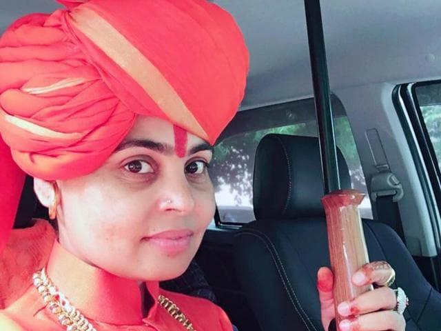 Sadhvi,viral video,gunfire