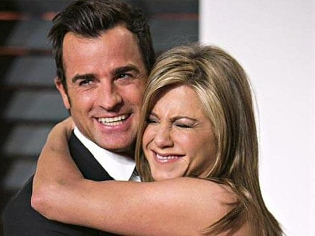 Aniston is now considering adopting orphans she's been financially supporting, reports radaronline.com.