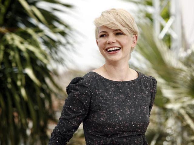 Michelle Williams attends the Blue Valentine photo call during the 63rd Cannes Film Festival.