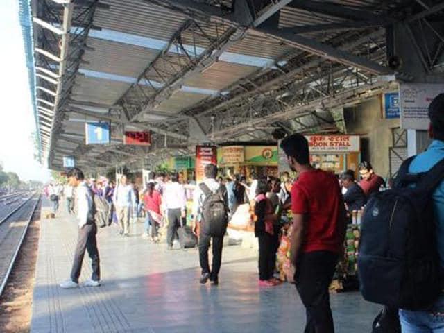 Demonetisation,Mumbai,Mumbai railway station