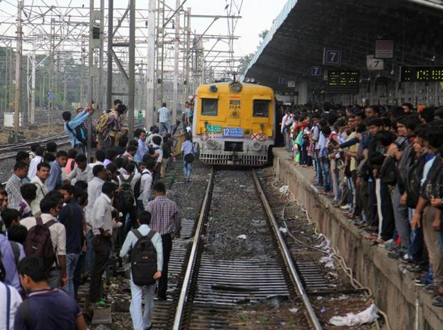 The railway police stated that there are many other reasons apart from rise in number of passengers behind railway accidental deaths.