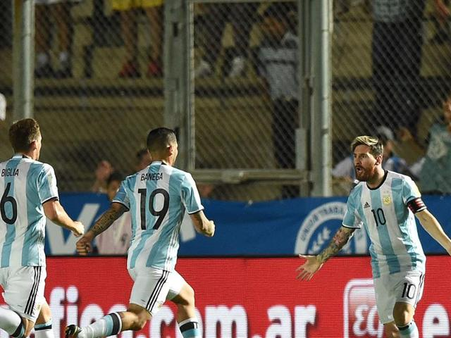 Lionel Messi's goal helped Argentinal beat Colombia and keep their World Cup qualifying hopes alive.
