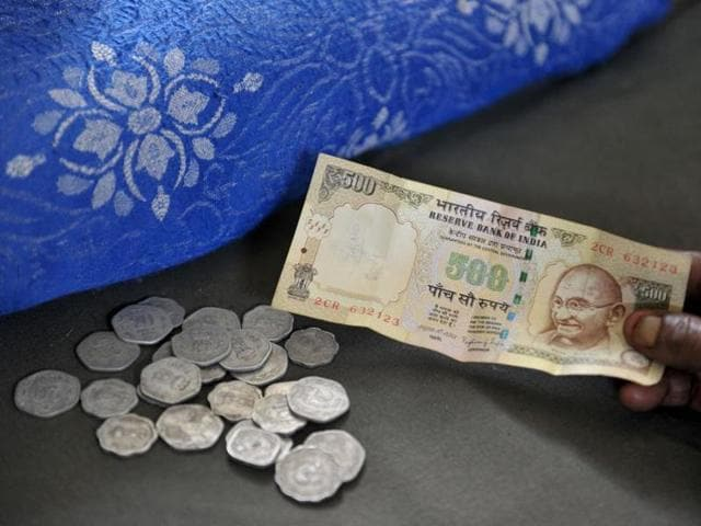 The government is exploring options to mop resources including allowing people to pay taxes, dues, bills in old Rs 500 and Rs 1,000 notes.