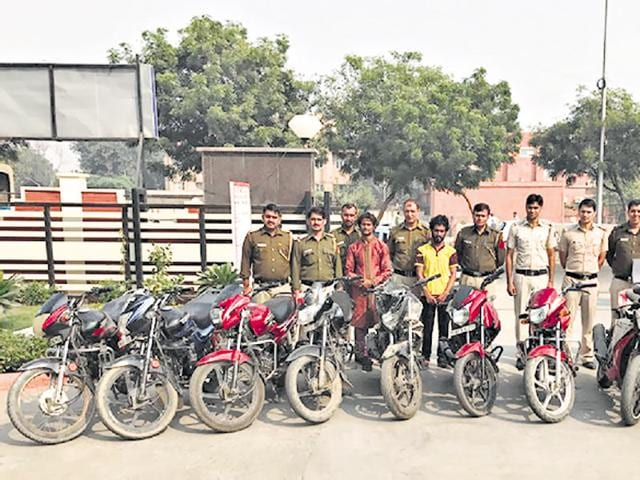 A priest during the day, Ram Kumar, a Mathura resident, allegedly stole bikes for a living. He was arrested by a police team along with his associate Harish,23, for stealing two-wheelers in Delhi.