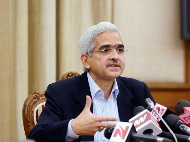 Economic affairs secretary Shaktikanta Das addresses a press conference in New Delhi on Thursday.