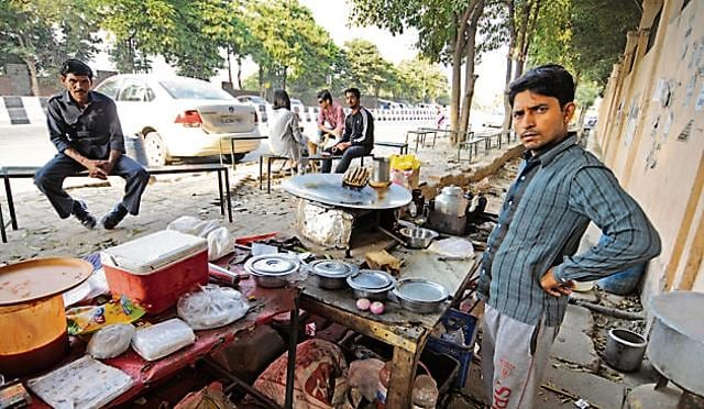Students are dependent on branded food outlets that accept cards, while local shops selling foods such as parantha and rajma-chawal only accept cash.