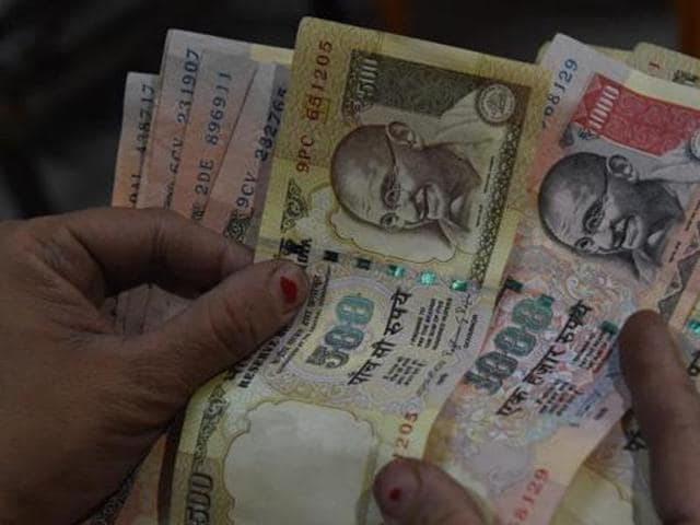 People can pay tax to civic bodies with the now-defunct Rs 500 and Rs 1000 notes.