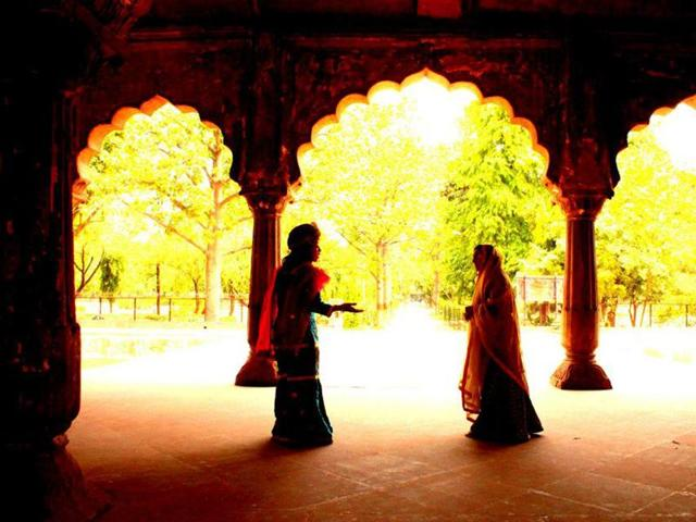 Shah Jahan's Daughters — a theatre walk — will be organised on December 3.