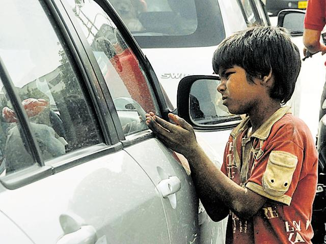 The beggars, often spotted at traffic signals and temples of the city, said that they were the worst hit in the currency change drive.