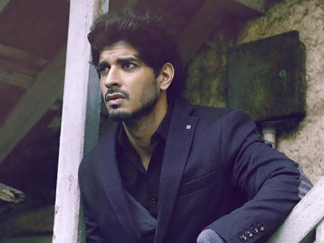 Actor Tahir Raj Bhasin says he is not in a place to reject film offers.