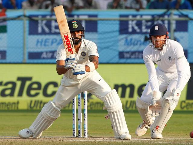 Virat Kohli scored an aggressive fifty on a difficult wicket as India's lead neared 300.