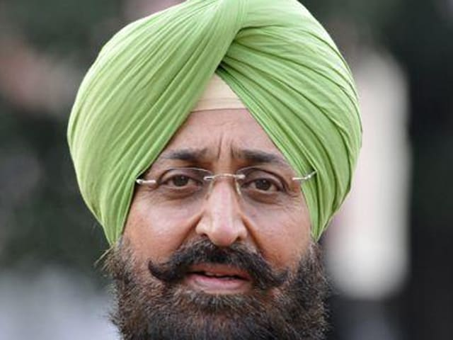"""Bajwa squared up with Amarinder in the open at the meeting of the 34-member state election committee over tickets to """"turncoats""""."""