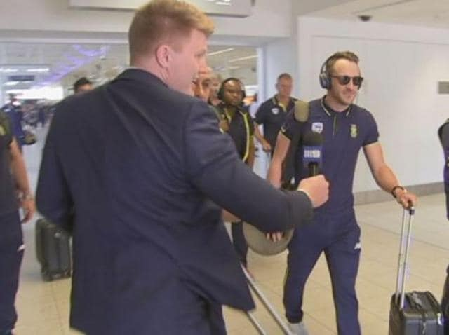Security staff, aligned with the South African cricket team, roughed up an Australian TV reporter who was looking for a quick reaction from Faf du Plessis.