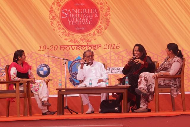 Artist Imroz (Centre) at Sangrur Heritage and Literary Festival that concluded on Sunday.