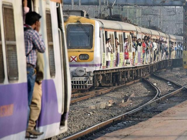 Using the fifth line for suburban trains between Andheri and Borivli stations will help Western Railway  decongest the currently used existing four lines.