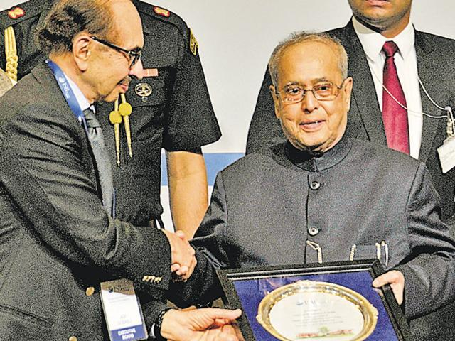 pranab Mukherjee,ISB,youth