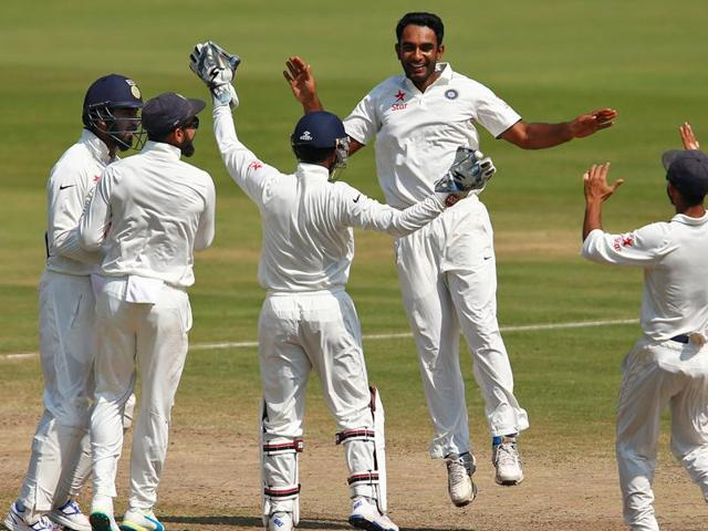 Debutant Jayant Yadav's (centre) all-round show has vindicated skipper Virat Kohli's decision to pick two off-spinners in the Visakhapatnam Test. R Ashwin (right) doesn't seem to mind the spotlight on the newcomer.