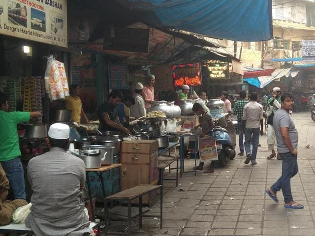 Several fast food joint  owners said common man can no  longer afford four-course meals restaurants.