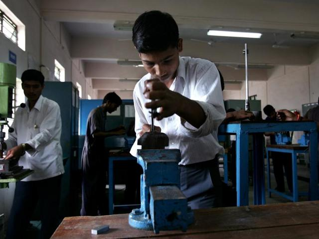 Maharashtra government,Industrial Training Institutes,directorate of vocational education and training
