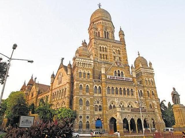 Set to contest the BMC polls solo, the BJP has been banking on the city's second and third largest communities, the Gujaratis and North Indians besides its middle-class Maharashtrian vote bank.