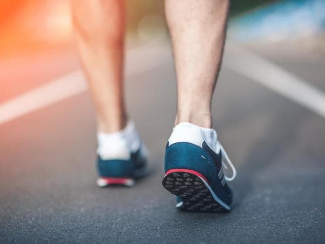 Scientists suggest that moderately intensive walking improves cardiovascular risk factors in the short term.(Shutterstock)