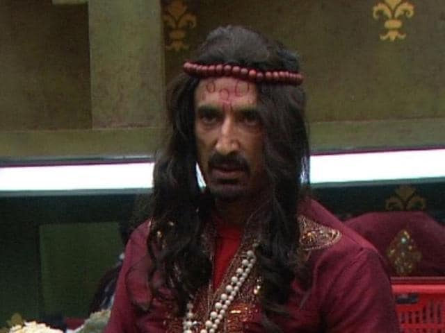 Rahul Dev steals the show as Swami Om.