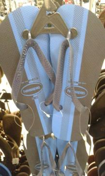 Flip-Flops,White and Golden?,Blue and Black?