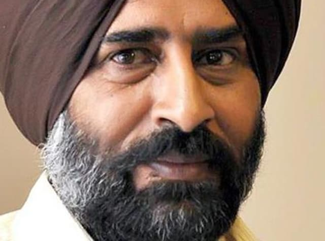 The former Indian hockey captain said he would take the next step after a meeting with Sidhu on Wednesday