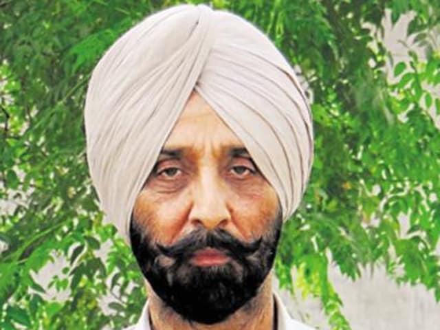 Shiromani Akali Dal (SAD) MLA, Maheshinder Singh of Baghapurana, quit the party on Tuesday.