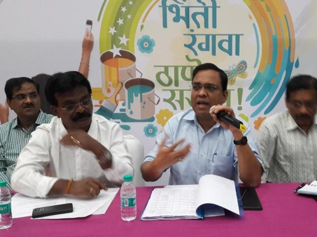 The only protocol to be followed is that the paintings should not be obscene, offend religious sentiments or be politically influenced, said civic commissioner Sanjeev Jaiswal.