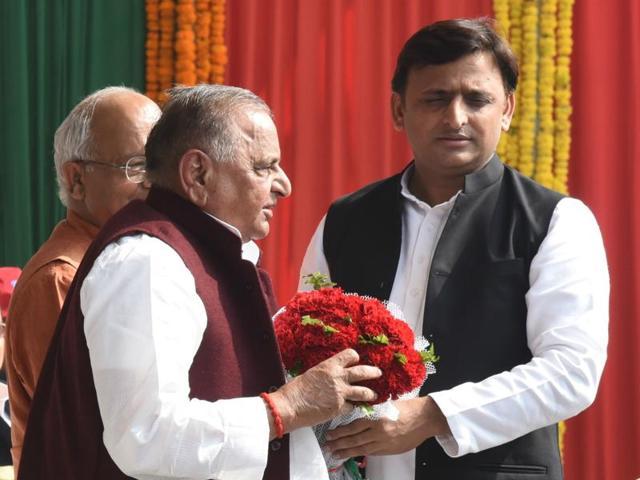 Samajwadi Party,Agra-Lucknow Expressway,Uttar PRadesh