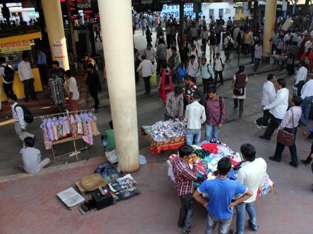 Civic chief Sanjeev Jaiswal said that hawkers won't be spared even on Sundays.