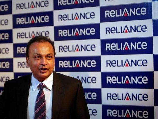 Zee media group has agreed to buy television channels and a stake in a radio broadcasting business from Anil Ambani's Reliance Group.