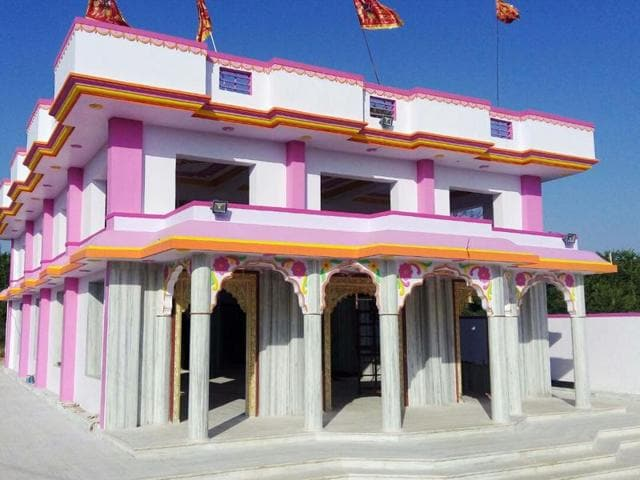 Temple in Rajasthan's Sikar district built on land donated by the local muslim community.