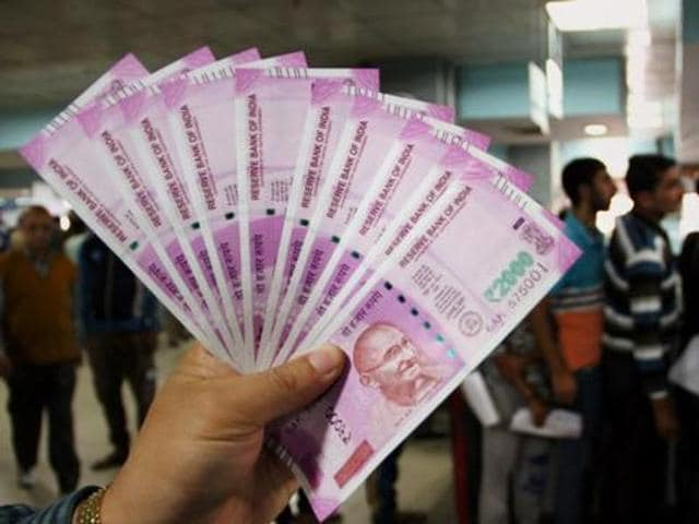 The government has, however, expressed its inability to dispense the cash which comes to more than Rs750 crore if it decides to pay even an advance of Rs5000 each.